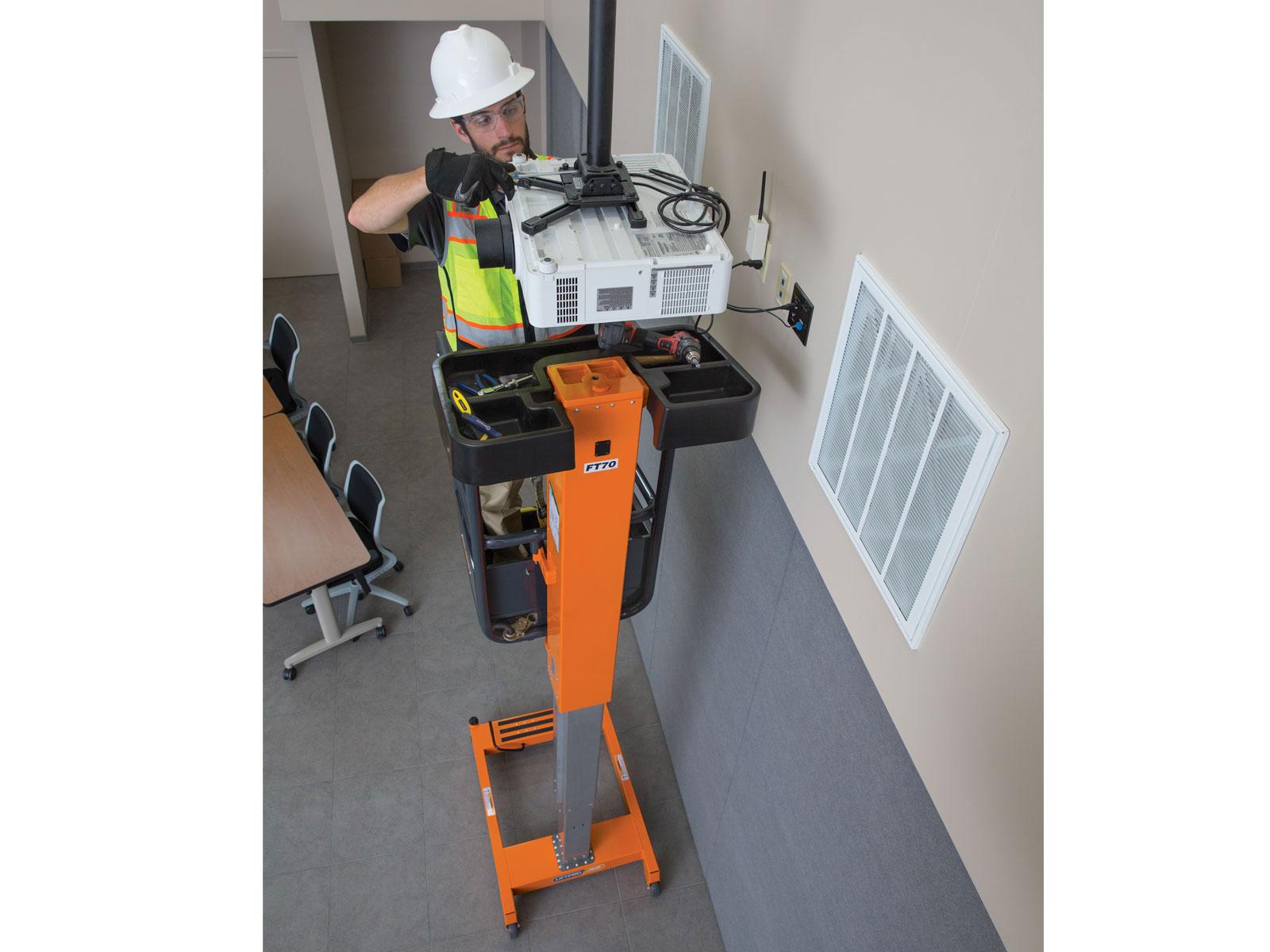 Personal Portable Lift 14 ft Liftpod  Decker Tool