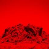 Ambiances sombres et inquiétantes planent sur le 4eme album du toulousain Paul Régimbeau. Hadès se vit comme une virée en enfer, enveloppée dans dans nappes électroniques , dont la destination est forcément apocalyptique. Nath N.