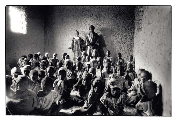 Classe de 1re année, Goura, Mali, prise de vue argentique, JP Devals