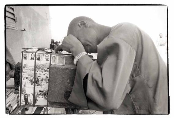 Le photographe de rue, Sénégal, vues photographiques, photo argentique