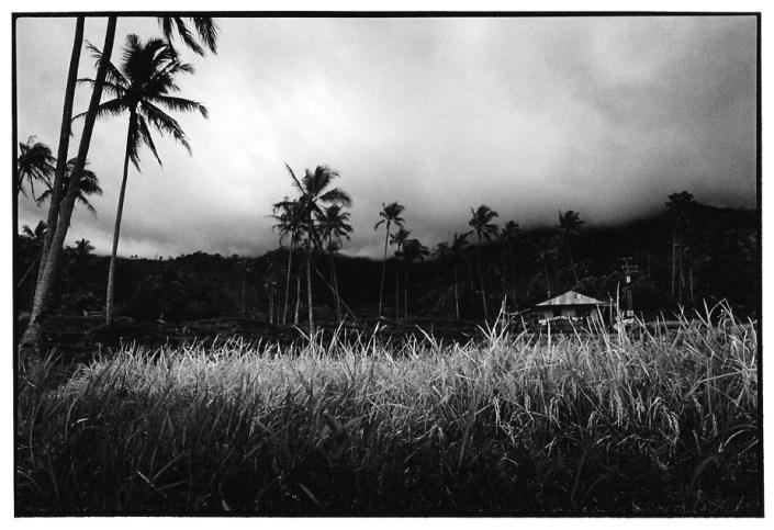 Avant l'orage, Indonésie, photo noir et blanc, Jean-Pierre Devals