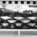 Vitrine du selamat, Indonésie, Voyage et photographie artisanale, noir et blanc