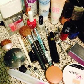 cosmetics-476707_1280