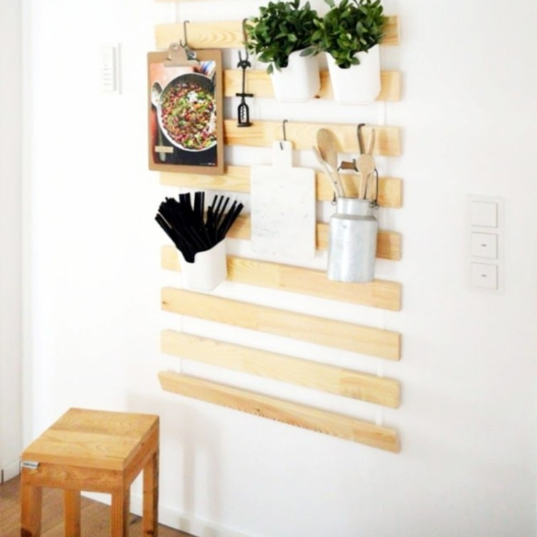 Small Space Storage Ideas! Creative Storage Ideas for Garage, Small Bedrooms, Tiny Bathrooms, Small Closets, Pantry, Attic and Kitchens Too • DIY Storage for Small Spaces • Clever Storage Ideas and Underskink Organization Hacks • Small Apartment Storage and Clever Storage Ideas for Small Houses • Small Space Storage • Small Apartment Hacks and Home Storage Ideas - small space storage hacks we love