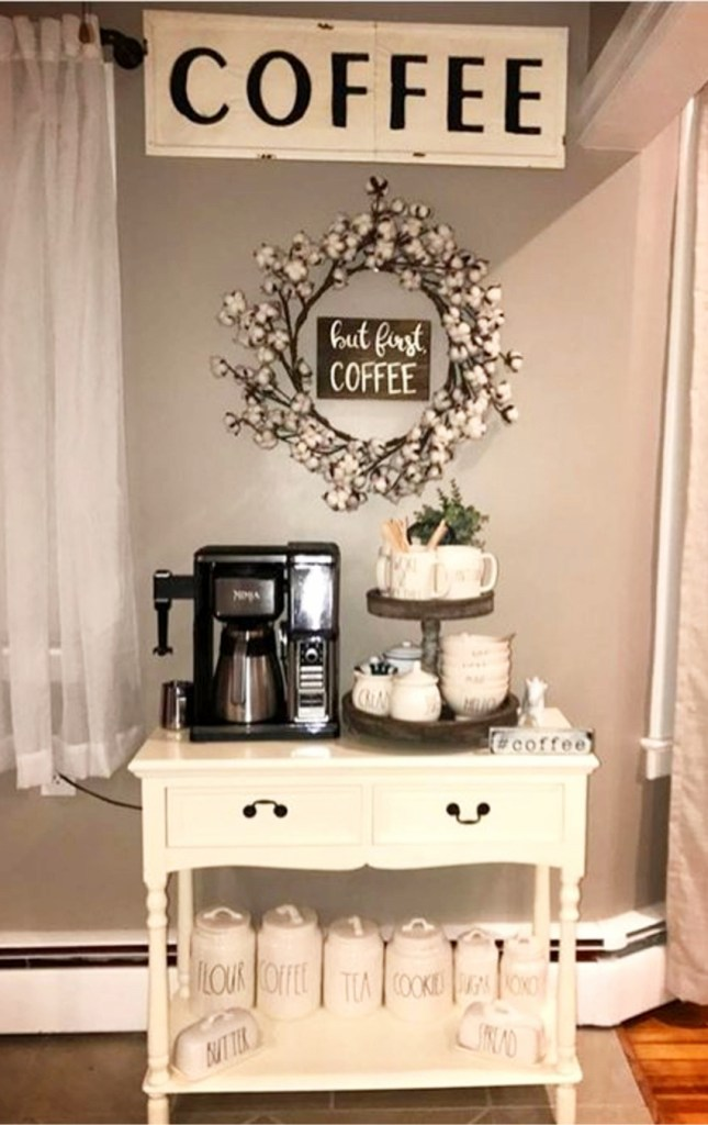 Kitchen coffee bars 30 diy kitchen coffee area ideas for Coffee bar setup ideas