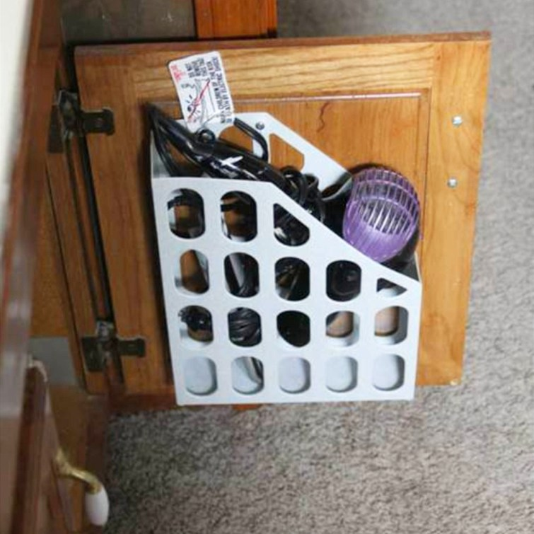 storage solutions for small houses and small apartments - small space storage hacks #diystorage #smallspacestorage #diystorageforsmallspaces