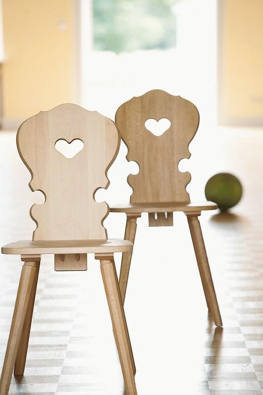 Stuhl mit Herz auf DECOde