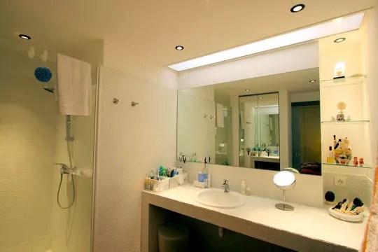 Newhomeideas home improvement - Ventilateur salle de bain avec lumiere ...