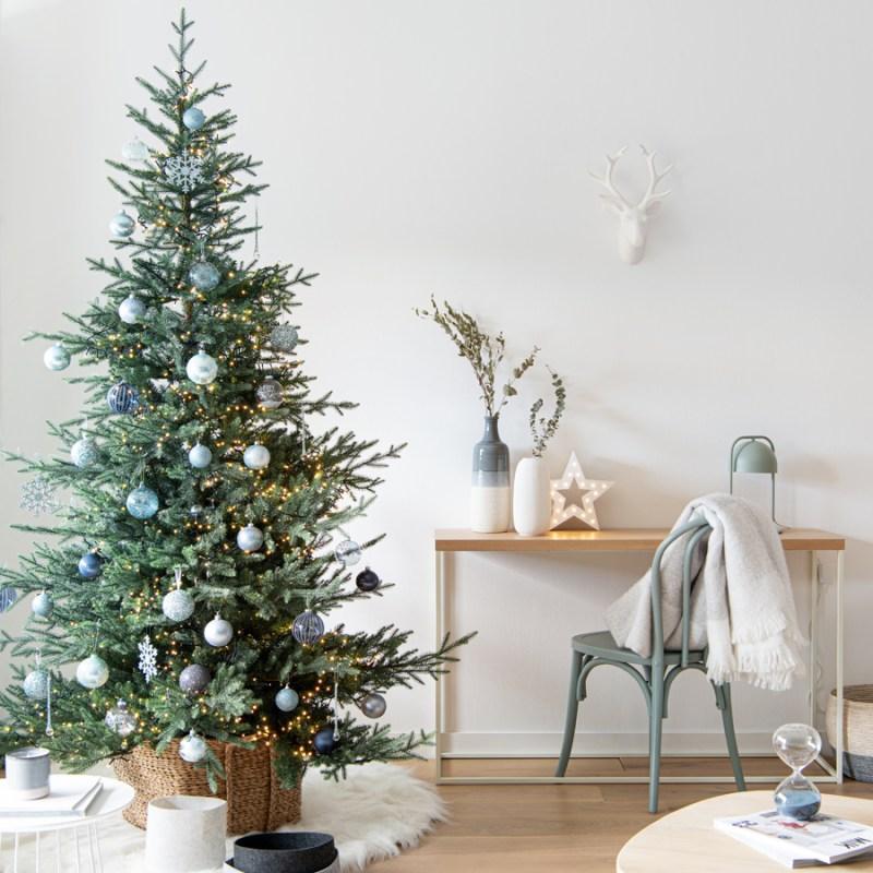 Árbol de Navidad en azul y blanco