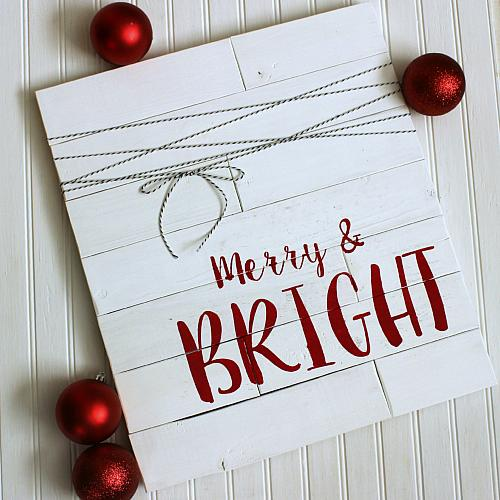Merry  Bright Shiplap Christmas Sign  Project by DecoArt