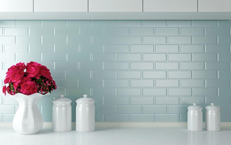 Tania i szybka renowacja płytek w kuchni i łazience