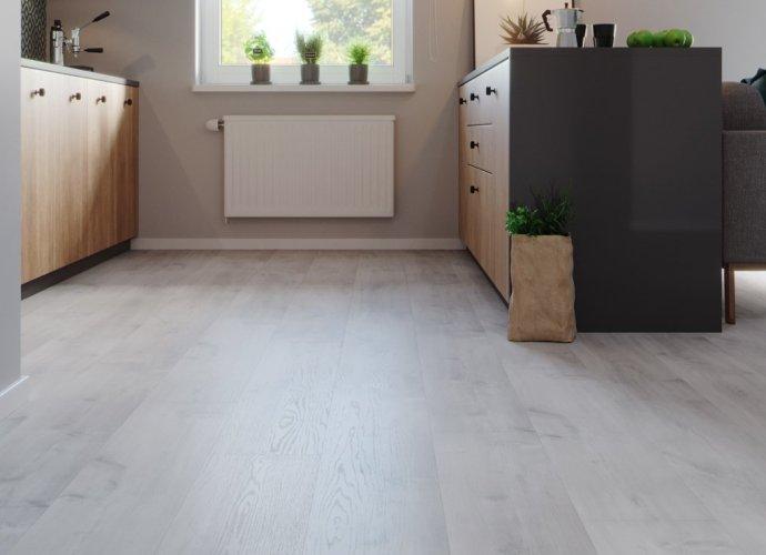 Jak dobrać podłogę do pokoju z aneksem kuchennym?