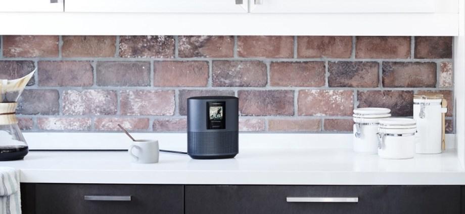 Bose Home Speaker 500 do muzyki oraz Bose Soundbar 700 i Soundbar 500 do muzyki i w ramach kina domowego