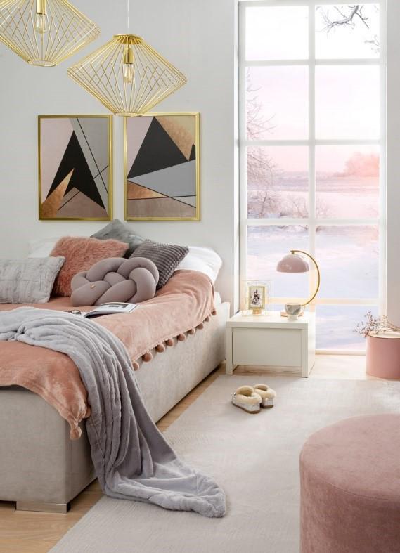 Sypialnia w kolorze nude