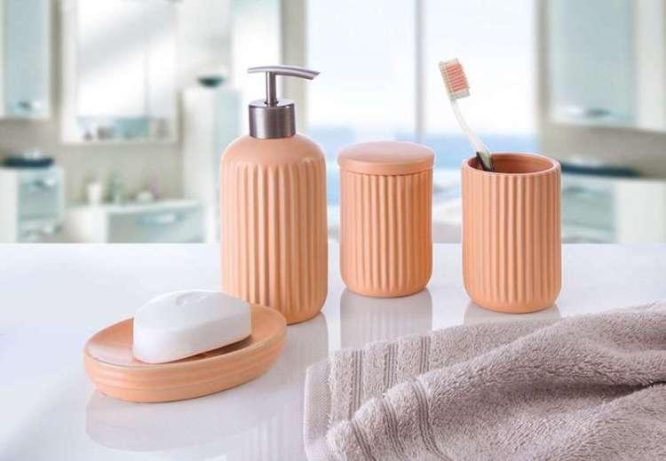 Akcesoria i dodatki łazienkowe