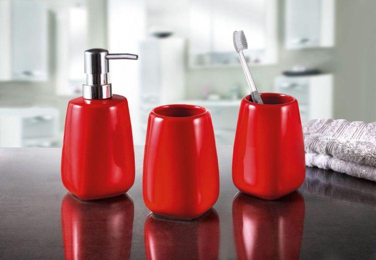 Akcesoria łazienkowe czerwone