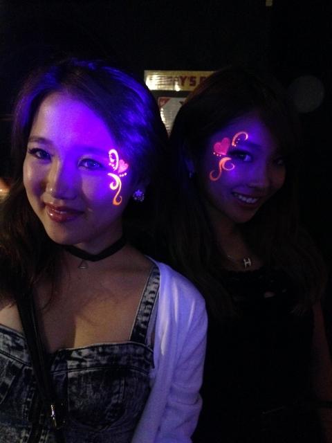 ジラフ大阪 NEON GLOW NIGHT
