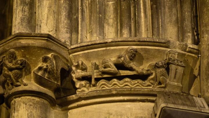 Chapiteau représentant Lancelot