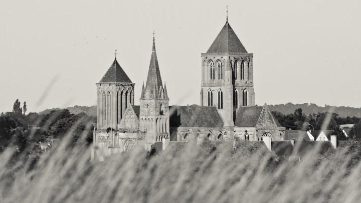 abbaye saint-pierre-dives