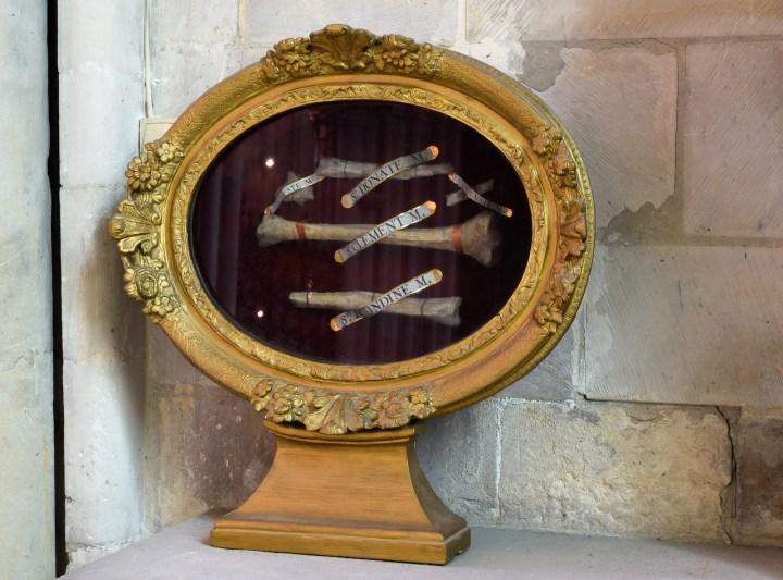reliques de l'abbaye-aux-hommes à Caen