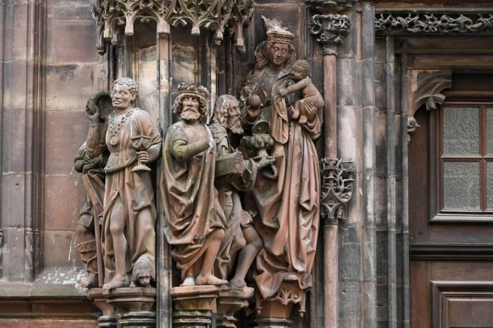 Les rois Mages et la Vierge à l'enfant
