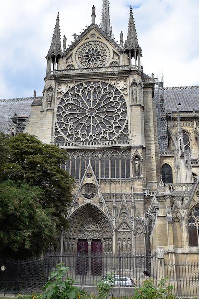 Cathédrale Notre-Dame de Paris. Transept