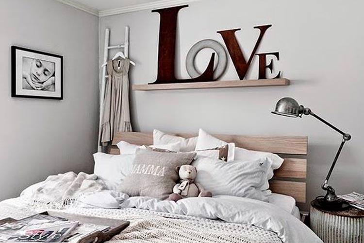 dekorasyon-duvarlar-vinil-tipografi05