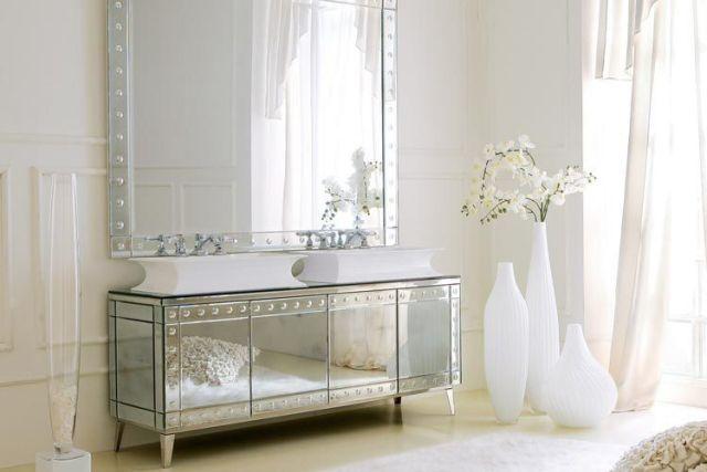Ayna mobilyalarla dekorasyon