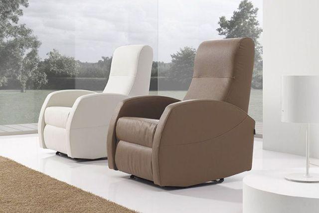 Nötr tonlarda koltukları rahatlatın