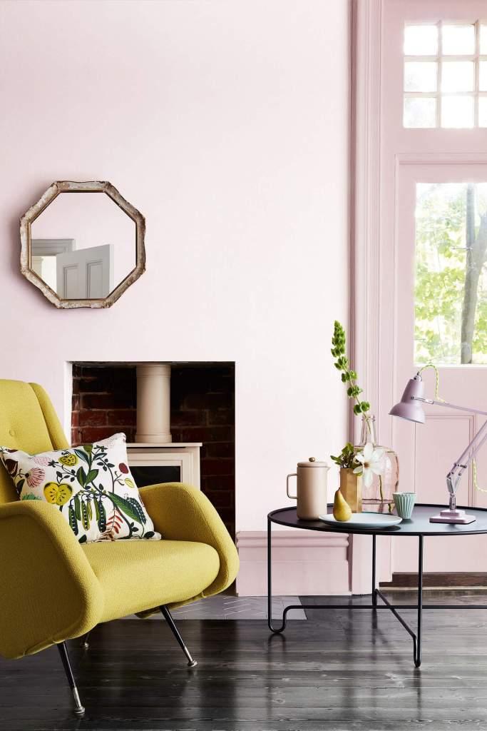 Salon chic et moderne rose