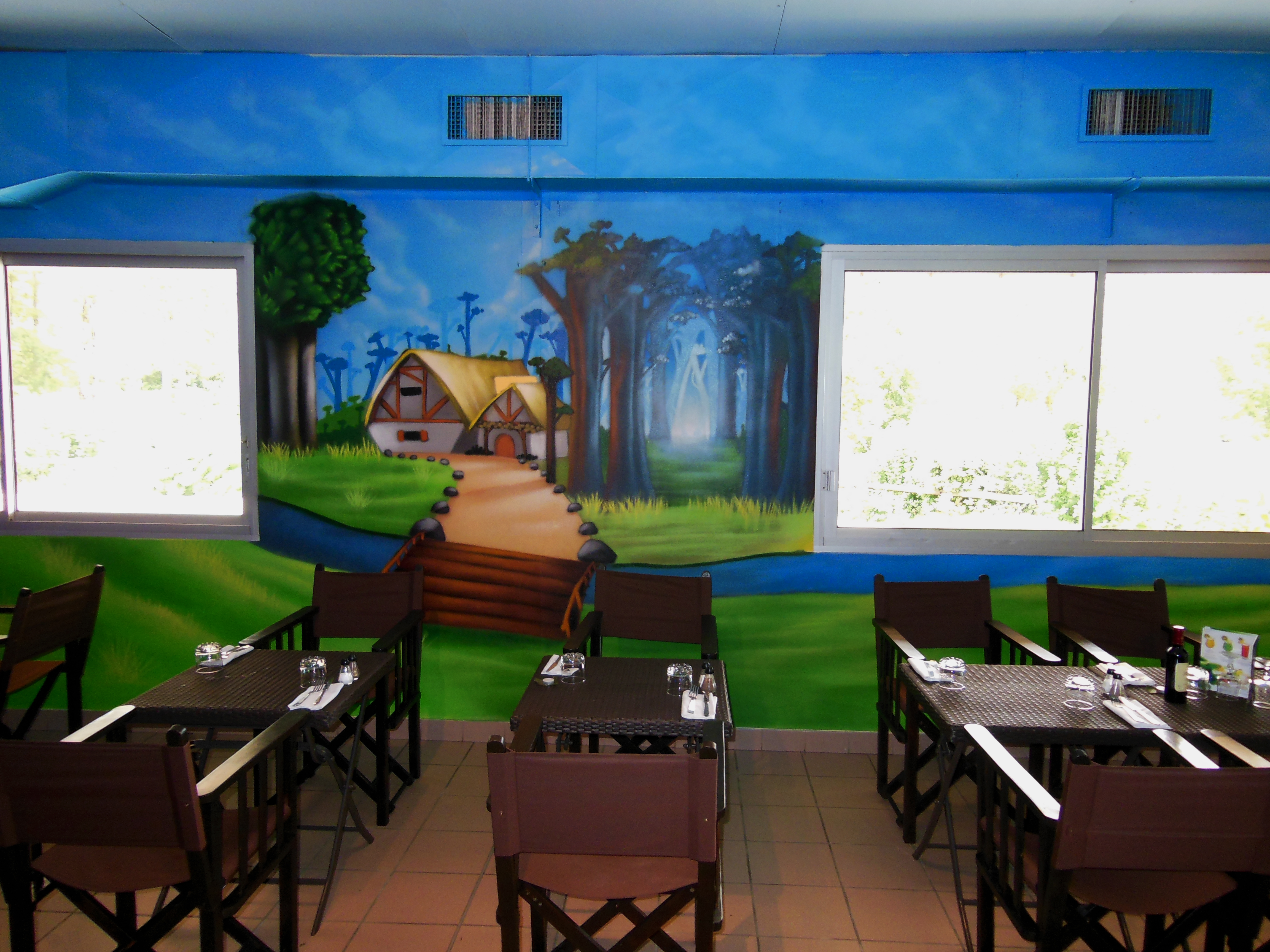 Deco murale restaurant le tablier des f es agen for Decoration murale interieur