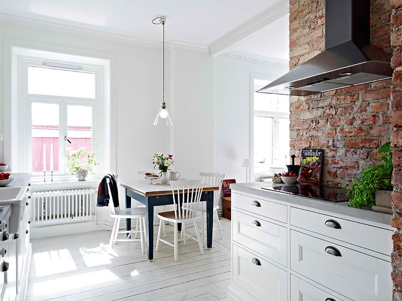 Beautiful Sweden Apartment Built In The Early 1900's Decoholic