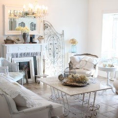 Shabby Chic Living Rooms Pictures For Less Columbus Ohio 37 Dream Room Designs Decoholic Chabby With Tufted Sofa