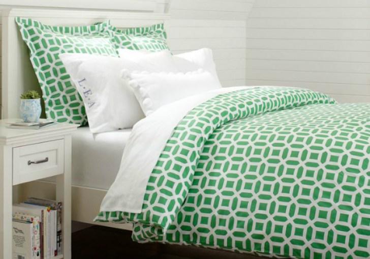 Kelly Green Bedding