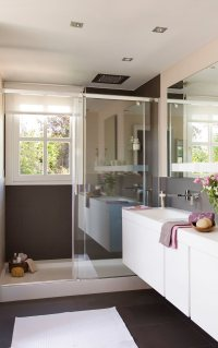 Small Bathroom Remodeling Guide (30 Pics)