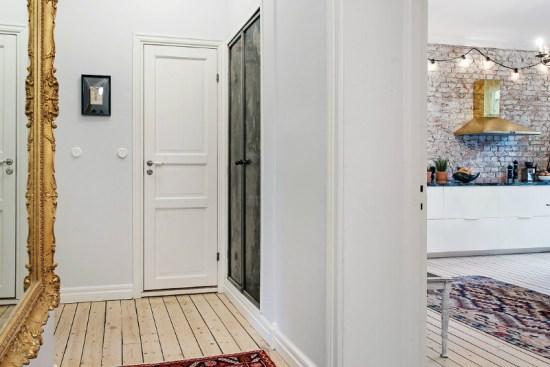 eclectic scandinavian home interior 29