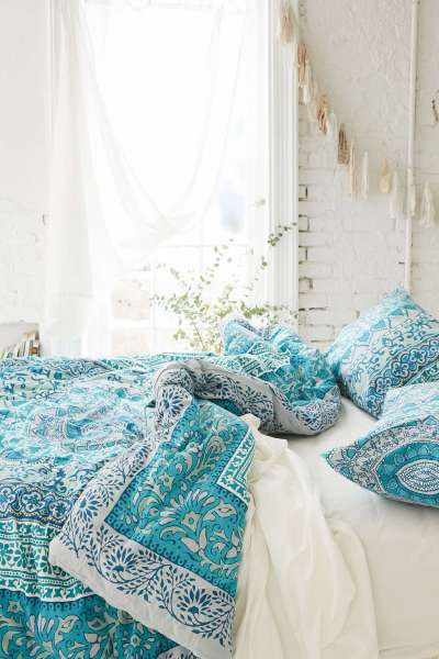 turquoise bohemian bedroom ideas 31 Bohemian Bedroom Ideas - Decoholic