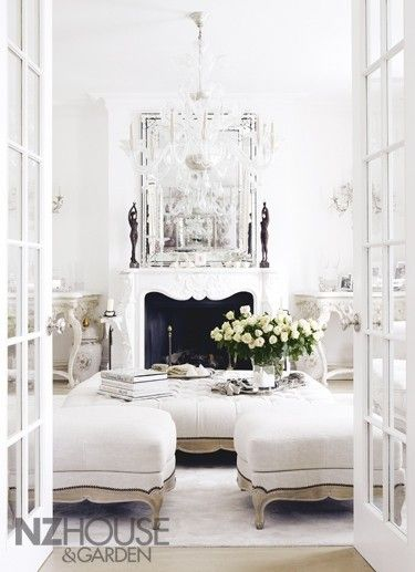 How To Create An Elegant Space In A Small Living Room  Decoholic