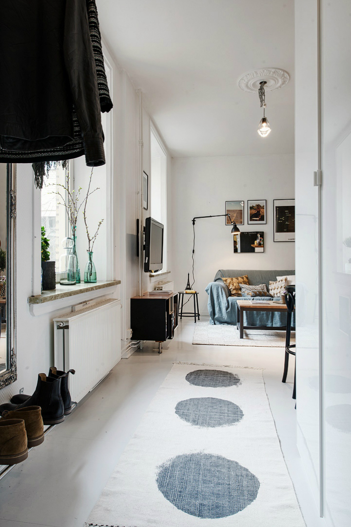 Bringing Beauty to a 506 ft2 Scandinavian Apartment