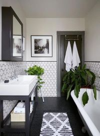 Why a Classic Black and White Bathroom is Always a Winner ...
