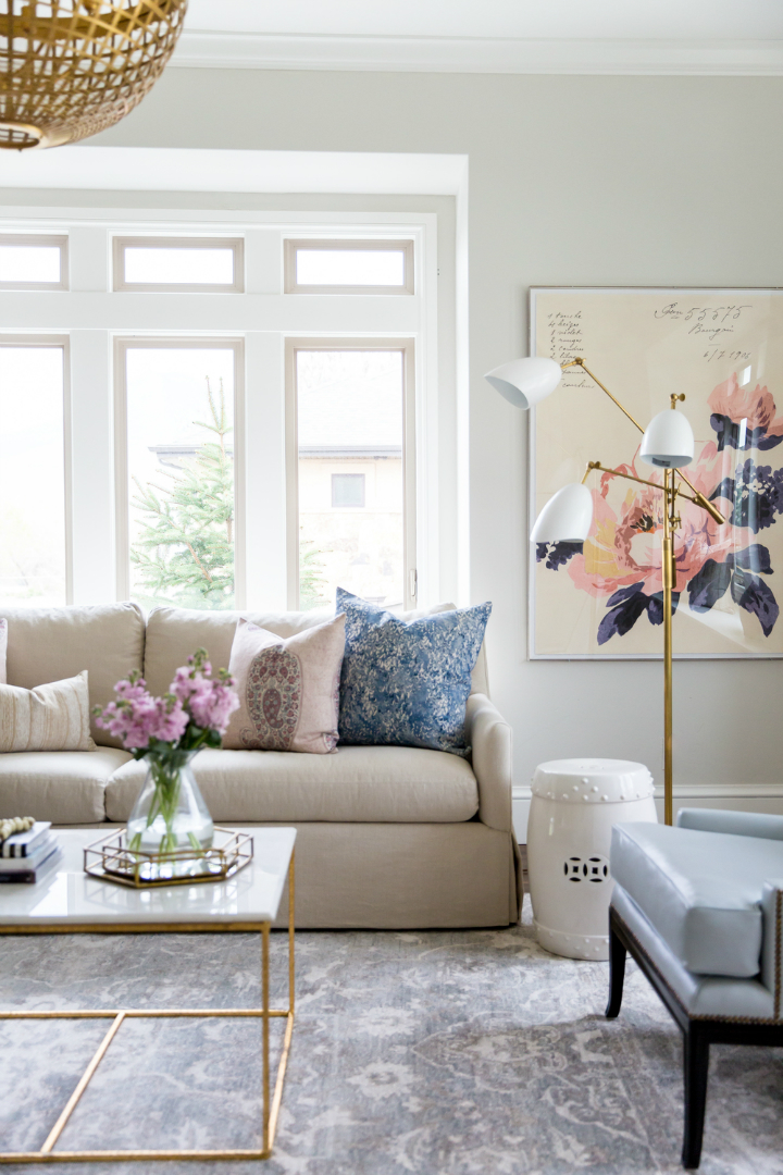 Glam and Style in the Confines of a Roomier Living Room  Decoholic