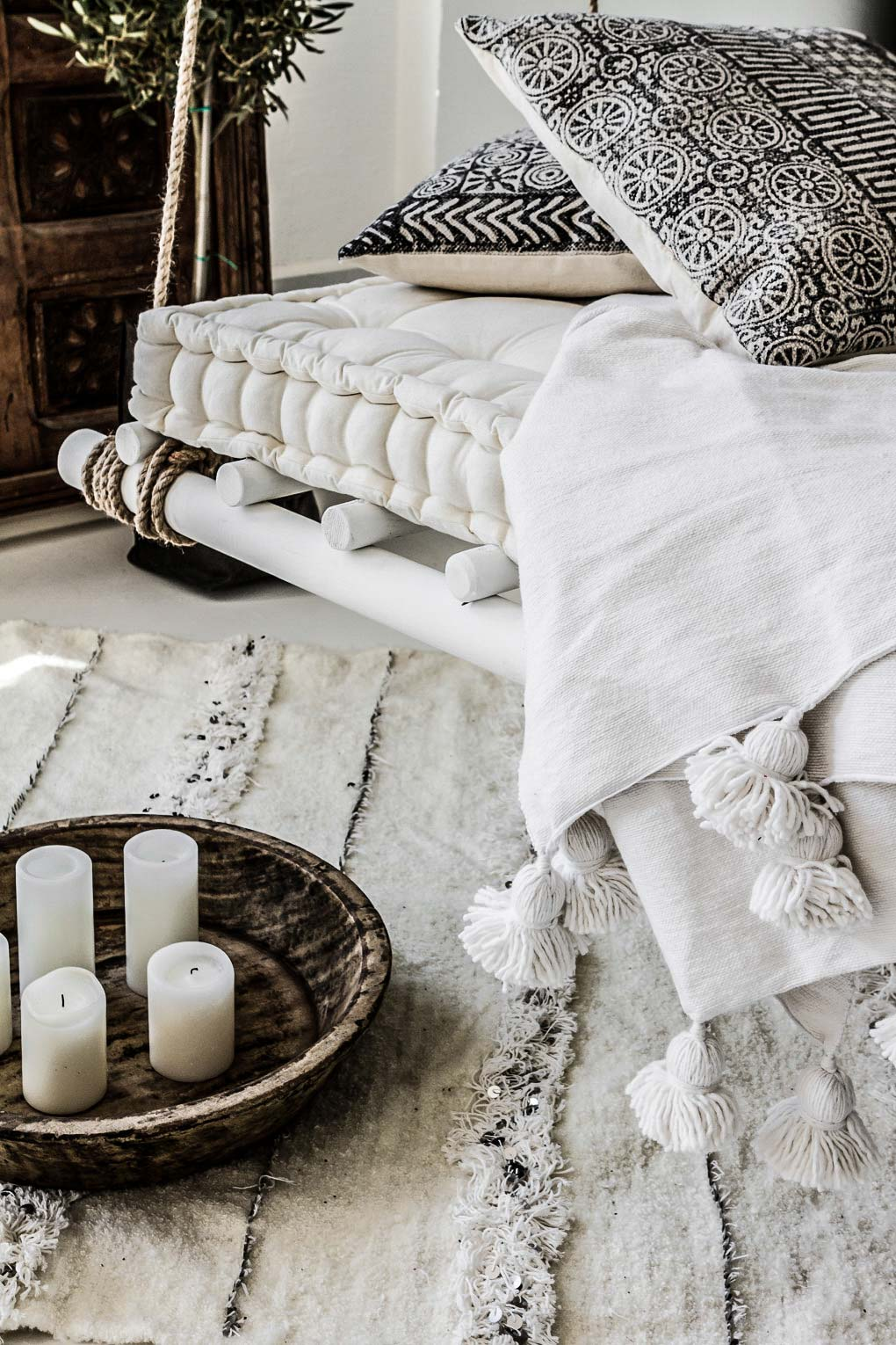 Ethnic Design With Scandinavian Simplicity Decoholic