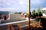 SILKEN AL-ANDALUS PALACE / SEVILLA, ESPAÑA Terraza de una suite.