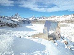 43. Monte Rosa Hut (Zermatt, Suiza)