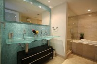 10 Decorative Small Bathroom Backsplash Ideas With ...