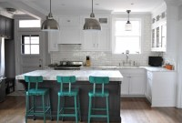 Turquoise kitchen decor with turquoise chairs | Decolover.net