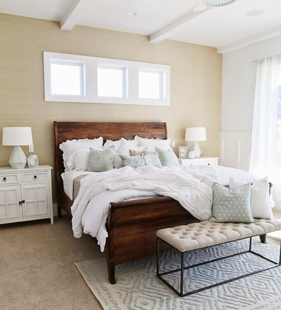Farmhouse Style Bedroom With Minimalist Decor Concepts