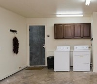 Laundry Room in Garage Decorating Ideas: What to Do to