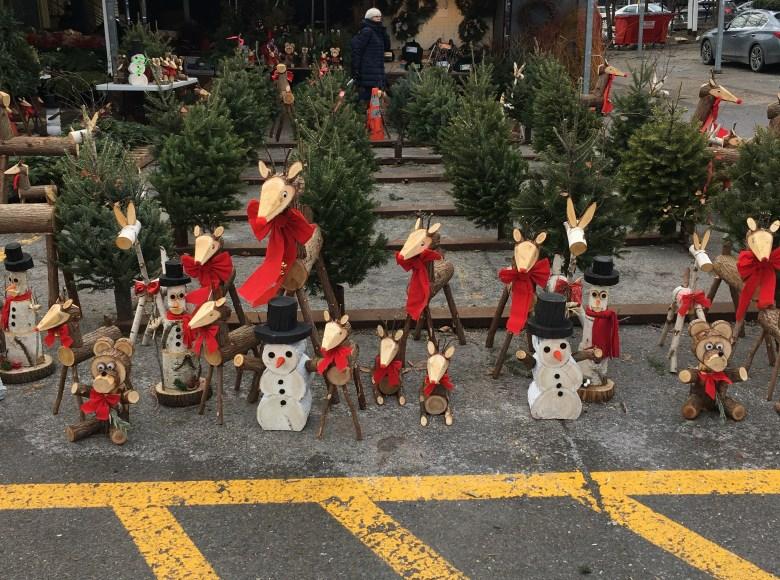 Récupération de bois pour faire des décorations de Noël