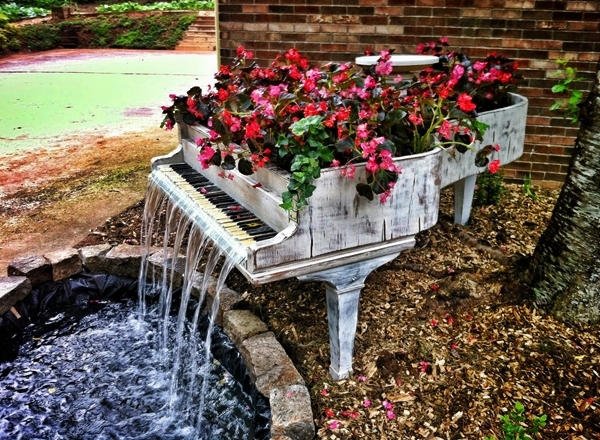 Piano fontaine pour jardin